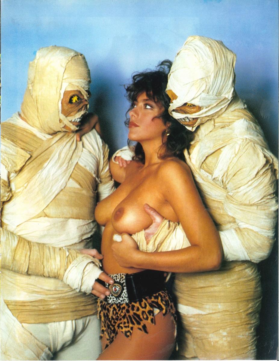 Mummy Tits 112